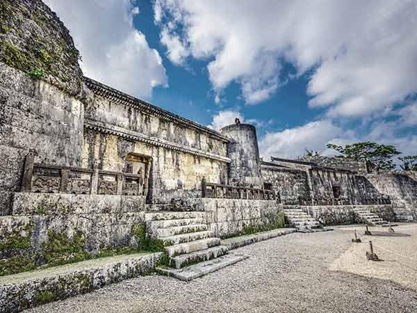 Tamaudun Mausoleum Images